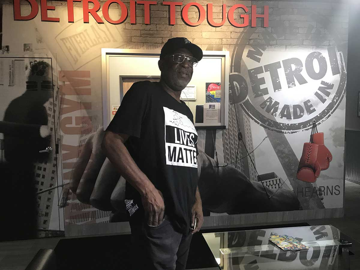 Michigan has barely made any money off marijuana that ends next richard clement legislative assistant to detroit city council president pro tem george cushingberry takes a look inside d tribute medical marijuana center xflitez Image collections