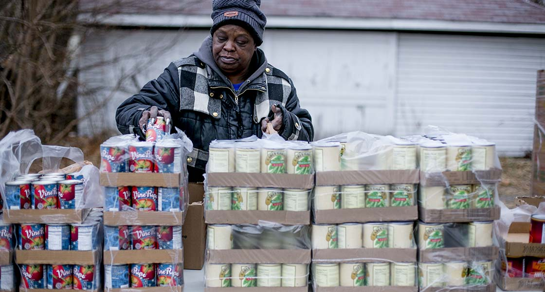 Can Flint Be Reborn Through Its Public >> In Flint Trust Is Lost And Bottled Water Supplies Are Running Low