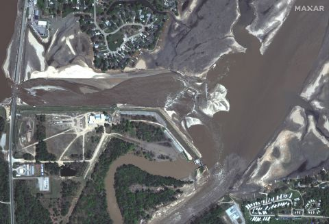 Before and after satellite photos show damage wrought by mid-Michigan floods
