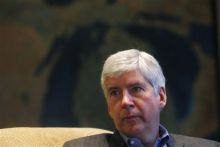 Flint 101: In business schools and seminars, a tough grade for Snyder